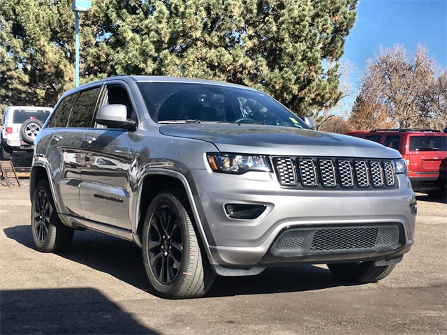 2018 jeep grand cherokee altitude owners manual