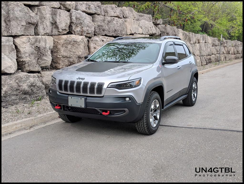 2019 jeep cherokee trailhawk elite owners manual